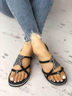 Shop Crisscross Hempen Cord Braided Sandals – Discover sexy women fashion at IVRose Pretty Shoes, Cute Shoes, Simple Sandals, Braided Sandals, Shoe Wardrobe, Sandals Outfit, Shoes Sandals, Flat Sandals, Studded Heels