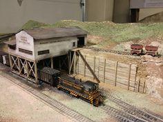 Escala Ho, Model Training, Third Rail, Train Room, Standard Gauge, Ho Trains, Model Train Layouts, N Scale, Train Set