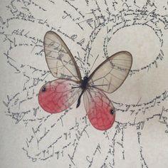 La charogne Baudelaire (detail), Marc Molk, 2014, Entomogramme (calligramme fait à l'encre de chine sur vieux papier & insecte), 18,5 x 24,4 cm