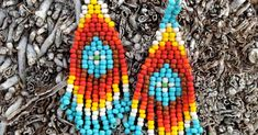 Here is a new beading pattern! They are pretty simple earrings, but the endless possible color combinations can make them stand out and WO. Simple Earrings, Ear Rings, Beading Patterns, Color Combinations, Projects To Try, Beads, Pretty, How To Make, Jewelry