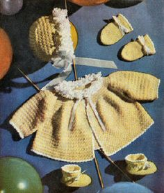 Loop Ruffles Baby Outfit Vintage Crochet Pattern for download 6 mos-1 yr