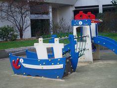 Phare et bateau-jfcolaiacovo