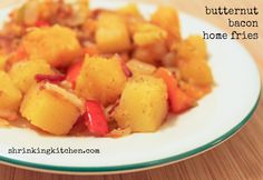 A sweet spin on traditional home fries.replace regular potatoes with creamy butternut squash. A healthy breakfast treat, perfect with an egg on top! Healthy Sides, Healthy Side Dishes, Paleo Breakfast, Breakfast Recipes, Home Fries, How To Eat Paleo, Weight Watchers Meals, Main Meals, Butternut Squash