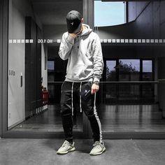 FOR YOUR INSPIRATION follow @savagelook #fashion #style #street #streetwear #ripped #urban #stylish #inspiration #fashionlover #jeans #shirt #sweatshirt #menstyle #men #mensfashion #women #womensfashion #look #outfit #everything #street #tshirt #vest #lovestyle #lovefashion #fashions