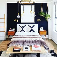 All kinds of weekend-ready right here #tangledchandelier #envoysconce (via @mydomaine @carlsonyoung by @jdpinteriors, pic by @jennapeffley) / shop our feed - link in profile #schoolhouseelectric