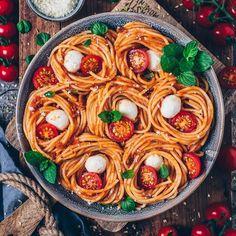 Spaghetti Bolognese, Vegan Spaghetti, Bolognese Sauce, Vegan Bolognese, Vegan Pasta, Vegan Food, Bolognese Recipe, Vegetarian Recipes, Cooking Recipes