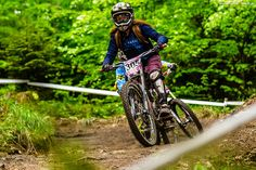 This is one of the most downhill mom in the world. Let's meet her at www.mtb.pl - http://mtb.pl/rowery-wyjatkowa-pasja-wywiad-z-joanna-wypior-6075