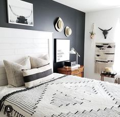 6 Active Tips: Minimalist Home Essentials Office Spaces minimalist bedroom teen interior design.Minimalist Home Style Couch vintage minimalist decor couch.Minimalist Living Room With Kids Children. Minimalist Bedroom Boho, Interior Design Minimalist, Minimalist Kitchen, Minimalist Decor, Minimalist Living, Modern Minimalist, Simple Bedroom Decor, Home Decor Bedroom, Modern Bedroom