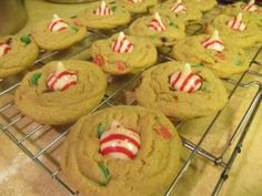 christmas candy-cane kiss cookie