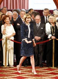 Anna Wintour Chanel suit