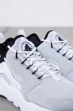Nike Sportswear - W Air Huarache Run Ultra