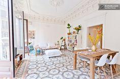 西班牙 25 坪輕古典明亮公寓 - DECOmyplace
