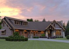 The best Craftsman house floor plans. Find 1 story Craftsman cottage style designs, modern Craftsman homes w/photos & more! Mountain House Plans, Mountain Cottage, Craftsman Style House Plans, Craftsman Homes, Craftsman Trim, Modern Farmhouse Plans, Cottage Homes, Cottage Style, Red Cottage