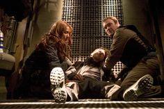 Joe Flanigan and David Hewlett   Stargate Atlantis - Season 4 (5 DVDs) - Flanigan Joe Higginson Torri ...