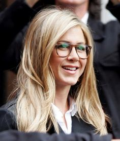 Jennifer Aniston Wearing Oliver Peoples Eyeglasses