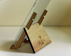 Popular items for wood ipad stand on Etsy