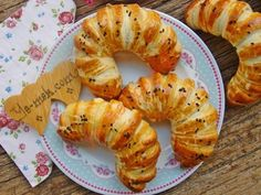 Donut Recipes, Pastry Recipes, Cake Recipes, Cooking Recipes, Turkish Breakfast, How To Make Potatoes, Turkish Kitchen, Turkish Recipes, Iftar