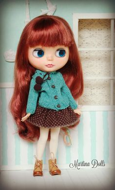 Hello! Welcome to Martina Dolls!  Autumn is coming!  These are my new creation for Blythe. I use a 2-ply yarn, mixed by 75% Merino wool and 25%