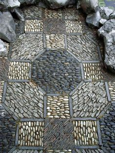 Japanese #Garden stonework Taken in the Japanese Gardens in…