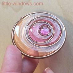 Diy Jewelry How to create beautiful Brilliant Resin jewelry, sun catchers and more with Little Windows Resin Color Film and Nunn Design Hoops Diy Resin Crafts, Jewelry Crafts, Jewelry Art, Handmade Jewelry, Jewelry Armoire, Etsy Jewelry, Uv Resin, Resin Molds, Resin Art