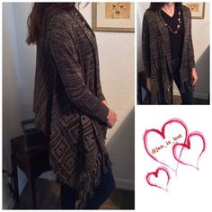 Final Price Cardigan Large Sleeved cardigan with fringe and design on side.  100% viscose No Trades ✅ Offers Considered*✅ *Please use the blue 'offer' button to submit an offer. ascx Sweaters Cardigans