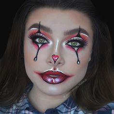 Shared by Emilie Deac. Find images and videos about makeup, Halloween and whi on We Heart It - the app to get lost in what you love. Creepy Halloween Makeup, Amazing Halloween Makeup, Halloween Eyes, Halloween Makeup Looks, Cute Clown Makeup, Halloween Costumes, Helloween Make Up, Circus Makeup, Makeup Face Charts