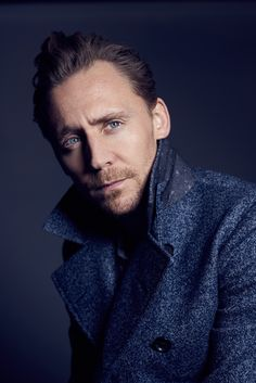 Tom Hiddleston by Kurt Iswarienko. Source: http://www.kurtiswarienko.com/ Via Torrilla http://m.weibo.cn/status/4097699303338949 . Ful size image: http://wx1.sinaimg.cn/large/6e14d388gy1feq7apav45j20l50vogtj.jpg