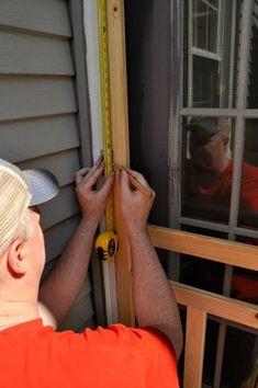 How to Install a Screen Door Wood Screen Door, Wooden Screen, Metal Screen, Screen Doors, Diy Hacks, Gazebo, Door Decks, Up House, Old Windows