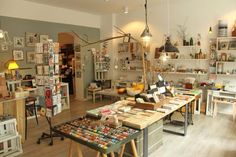 Papeterie/Gift store Zweite Liebe, Florastr.59, 13187 Berlin-Pankow; map Mon-Fri 11-19h, Sat 11-16h