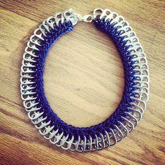 Crochet Soda Pop Tab Necklace Navy Blue by IzouBijoux on Etsy Soda Tab Crafts, Can Tab Crafts, Diy Crafts Jewelry, Bracelet Crafts, Zipper Jewelry, Wire Jewelry, Diy Jump Rings, Pop Top Crafts, Pop Tab Bracelet
