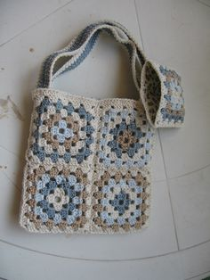 Granny Square Bags By Lily/Sugar'n Cream - Free Crochet Pattern - (ravelry)