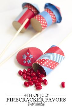 Super easy Fourth of July Firecracker Favors!