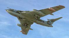 Navy Aircraft, Ww2 Aircraft, Fighter Aircraft, Military Jets, Military Aircraft, Air Fighter, Fighter Jets, Handley Page Victor, War Jet