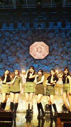 Kpop Girl Groups, Kpop Girls, G Friend, Asian Beauty, Fanart, Iphone, Wallpaper, Concert, Display