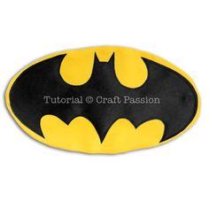 Batman Superhero Cape - Free Sewing Pattern   Craft Passion Logo Batman, Batman Superhero, Sewing Patterns Free, Free Sewing, Kids Cape Pattern, Batman Costume For Kids, Batman Cape, Capes For Kids, Costume Patterns