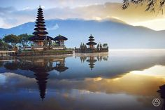 Danau Beratan - Tempat Wisata di Bali Selain Pantai