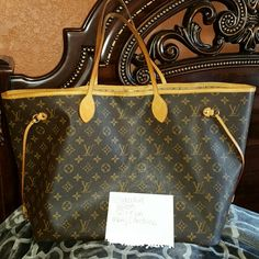 Authentic  Neverfull  GM Selective trades only.....would really  like a speedy bandouir  Trade value  1200 Louis Vuitton Bags Totes