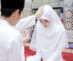 Wedding dresses hijab white muslim 34 new Ideas - Wedding Hijabi Wedding, Muslimah Wedding Dress, Muslim Wedding Dresses, Hijab Bride, Muslim Brides, Muslim Veil, Ideas Hijab, Malay Wedding Dress, Baby Sewing