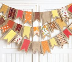 Each flag is made with fall-inspired fabric scraps sewn onto natural burlap… Fall Bunting, Fall Banner, Bunting Banner, Buntings, Pennant Banners, Thanksgiving Crafts, Thanksgiving Decorations, Fall Crafts, Holiday Crafts
