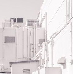Overwhitened, Arakawa, Tokyo  © Jan Vranovsky, 2015