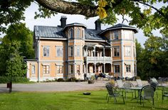Kohlswa Herrgård (Mansion) - hotel near Västerås in the region of Västmanland.