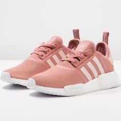 Trendsetter ADIDAS Women Running Sport Casual Shoes Sneakers ❤ liked on Polyvore featuring shoes, sneakers, sport sneakers, adidas footwear, sport shoes, sports trainer and sports sneakers