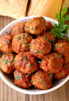 4 Points About Vintage And Standard Elizabethan Cooking Recipes! Grandma's Sunday Meatballs And Sauce Is A Recipe For A Crowd Meatball Recipes, Meat Recipes, Gourmet Recipes, Cooking Recipes, Healthy Recipes, Pasta Recipes, Italian Dishes, Italian Recipes, Italian Entrees