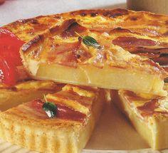 Receita de Tarte de Queijo e Bacon Uma tarte de queijo e bacon deliciosa, para um almoço ou jantar mais informal. Veja como fazer estareceita de Tarte de Queijo e Baconde forma simples e apetitosa! Confira a nossa receita e deixe-nos a sua opinião.