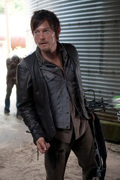 """The Walking Dead: Exclusive Rick Grimes and Daryl Dixon Images from the Next Episode, """"Arrow on the Doorpost"""" - IGN #TheWalkingDead #DarylDixon #NormanReedus"""