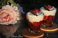 Romanian Desserts, Trifle, Acai Bowl, Mousse, Delicious Desserts, Panna Cotta, Sweet Treats, Cheesecake, Deserts