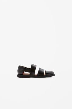 Polished leather sandals