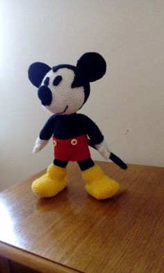 miky mouse  amigurumi