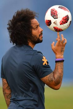 Brazil's defender Marcelo takes part in a training session at the Yug Sport Stadium in Sochi on July 3 ahead of the Russia 2018 World Cup. Real Madrid Players, Real Madrid Football, World Football, Football Match, Football Soccer, Soccer Ball, Messi And Ronaldo, Cristiano Ronaldo, Neymar Jr