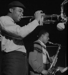 Freddie Hubbard - hard bop trumpet player - April 1938 - Freddie Hubbard and Wayne Shorter during Shorter's Speak No Evil session, Englewood Cliffs NJ, December 24 1964 - Photo by Francis Wolff Jazz Artists, Blues Artists, Jazz Musicians, Music Artists, Cool Jazz, Rock Music, Live Music, Francis Wolff, Freddie Hubbard